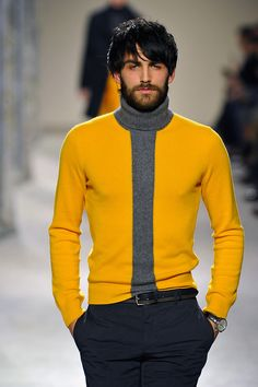 Buttercup yellow at Hermes. Loving the yellow and gray combinations. Something I should try.