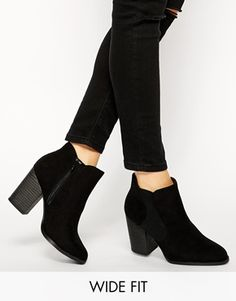 New Look Wide Fit Capital Heeled Chelsea Boots