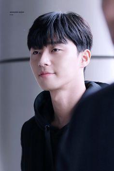 Drama Korea, Korean Drama, Baek Jin Hee, Park Seo Joon, Kdrama Actors, Martial Artist, Kpop, Cute Korean, Turkish Actors