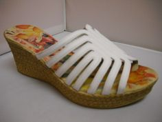 (A) Alcaide Dani - W - Alcaide from Portugal.  Woven Wedge slide with 7cm heel height.  Available in Black and White.    Sizes range 36-41. price 149 NZ $ Summer Shoes, Portugal, Spring Summer, Wedges, Heel, Range, Black And White, Cookers, Black N White