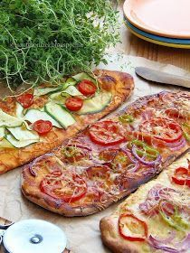 Az otthon ízei: Pizza, pizza, pizza Taco Pizza, Garlic Bread, Vegetable Pizza, Baked Goods, Food And Drink, Healthy Eating, Cooking Recipes, Bacon, Tasty