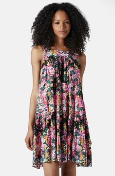 Such a cute floral smock dress