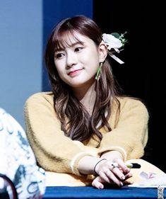 Kpop Girl Groups, Korean Girl Groups, Kpop Girls, Eun Ji, Cube Entertainment, South Korean Girls, Girl Crushes, Mini Albums, Rapper