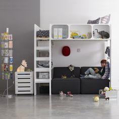 Комод с 5 ящиками Duplex AM.PM. : цена, отзывы & рейтинг, доставка. Этот комод с 5 ящиками Duplex, на колесиках представляет собой функциональное пространство для хранения вещей , который можно задвинуть под стол Duplex. Характеристики :- Каркас из массива сосны, без покраски или с белой лакировкой, С НЦ-лакировкой .- Дно и ящики из МДФ .- Пластиковые колесики .Описание :- 5 ящиков .- Поставляется в собранном виде .Размеры :- 48 x 63 x 28 см .- Внутренние размеры ящика : 40,2 x 7,5 x 24 с...