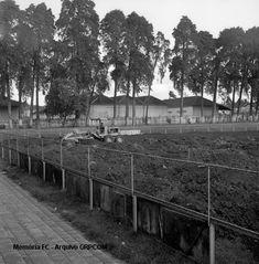 Atlético troca o gramado da Baixada em 1967. Veja!   Memória FC   Gazeta do Povo