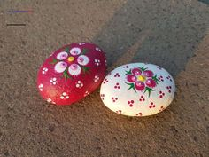 No related posts. Stone Art Painting, Dot Art Painting, Pebble Painting, Pebble Art, Dragonfly Painting, Rock Painting Patterns, Rock Painting Ideas Easy, Rock Painting Designs, Painted Rocks Craft