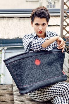 Felt and Leather bag-worn by Brune- Elisabeth Berthon www.lolabastille.com Bastille, Nuno Felting, Leather Bag, Lunch Box, Felt Bags, Collection, Fashion, Boots, Pouch Bag
