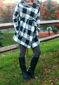 ce0a9751c6c1c Plaid coat + striped skinnies