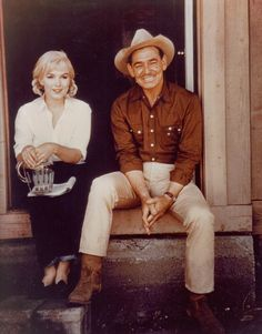 perfectlymarilynmonroe:  Marilyn & Clark Gable photographed on the set of The Misfits, 1960.