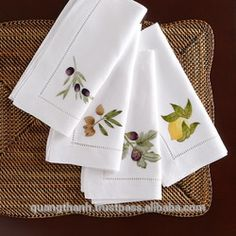 UMBRIA napkins are perfect for fall gatherings! 🍂 We offer a full range of fine linens to coordinate with any porcelain pattern or occasion. Click our bio link to explore the Design Gallery. Monogrammed Napkins, Cotton Napkins, Linen Napkins, Napkins Set, Cloth Napkins, Herb Embroidery, Embroidery Stitches, Embroidery Patterns, Hem Stitch