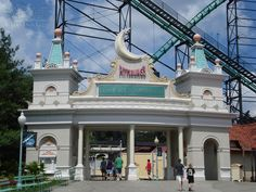 Luna Park Pittsburgh   Luna Park was located on 16 acres roughly HERE, with the entrance ...