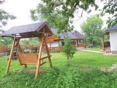 Și-au făcut casa din Prahova după un model tradițional muntenesc de la Muzeul Satului   Adela Pârvu - Interior design blogger Home Fashion, Gazebo, Outdoor Structures, Traditional, Interior Design, House Styles, Romania, Home Decor, Wood Ceilings