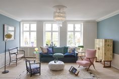 With its mix of mid-century and contemporary pieces, the Apartment, owned by designer Tina Seidenfaden Busck, serves as the ultimate furniture showroom. Home Decor Trends, Living Room Interior, Decor, Interior Design, Trending Decor, Home, Interior Design Living Room, Interior, Home Decor