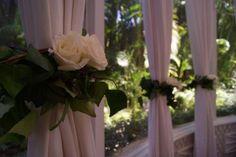 Detalhes cortina casamento ao ar livre
