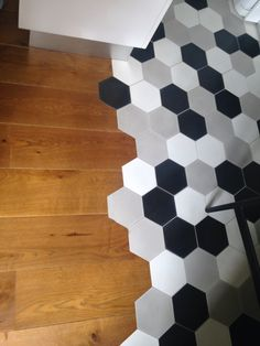 Pinterest le catalogue d 39 id es for Carrelage hexagonal parquet