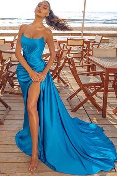 Glam Dresses, Prom Dresses Blue, Pretty Dresses, Elegant Prom Dresses, Formal Dresses, Tulle Prom Dress, Mermaid Prom Dresses, Strapless Dress Formal, Party Gowns