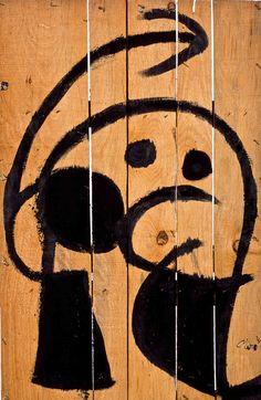 Joan Miró. Pittura e poesia. Personaggio, uccello su tavola, 1976. Collezione privata, Successió Miró by SIAE 2016
