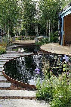 Gartenteich, modern, Holzplateau, Pflanzen, Bäume #Gardendesignideas