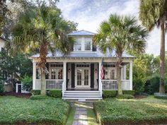 Palmetto Bluff Cottage | Bluffton, South Carolina | Celia Dunn Sotheby's International Realty