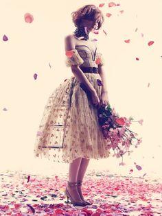 La vie en rose Karen Elson UK Harper's Bazaar May 2013 #fashion #photography