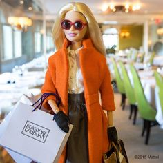 Two of my favorites! Barbie+Shopping <3
