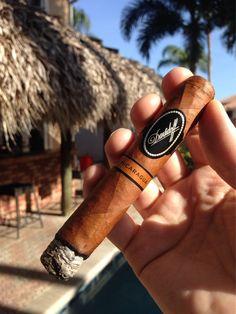 #nowsmoking this #Davidoff Nicaragua Robusto Tubo for its final #cigar evaluation and rating #cigars #like #cigarevaluations
