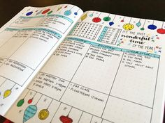 Bullet journal weekly layout, Christmas drawings, Christmas decorations drawing, weekly weather tracker, weekly water tracker, vertical layout. @bujo.sarah