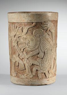 VASE À DÉCOR GRAVÉ D'UNE DANSE MACABRE  CULTURE MAYA  GUATEMALA  CLASSIQUE, 600-900 AP. J.-C.  MAYA INCISED VASE DECORATED WITH A MACABRE DANCE, GUATEMALA