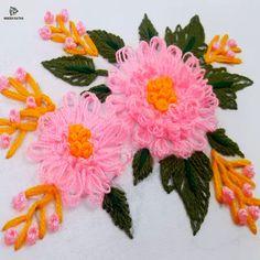 Learn How To Do a ZigZag Hem Stitch Embroidery Intermediate German - frieda Hand Embroidery Flower Designs, Basic Embroidery Stitches, Hand Embroidery Videos, Hand Embroidery Stitches, Crewel Embroidery, Embroidery Techniques, Ribbon Embroidery, Cross Stitch Embroidery, Embroidery Patterns