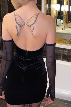 Dainty Tattoos, Dope Tattoos, Dream Tattoos, Pretty Tattoos, Body Art Tattoos, Hand Tattoos, Girl Tattoos, Tattoos For Women, Tatoos