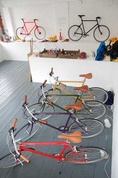 Tokyo Bike store by Emulsion