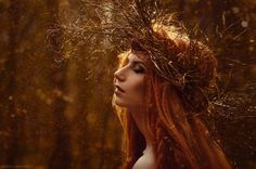 Shades of Orange ༺♥༻ Fantasy Inspiration, Photoshoot Inspiration, Character Inspiration, Fairy Photoshoot, Fairytale Fantasies, Drawing For Beginners, Fantasy Photography, Shooting Photo, Witch Aesthetic