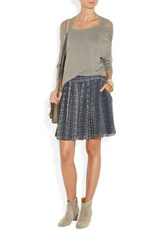 gorgeous skirt for winter and spring