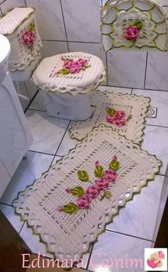 Crochet For Home - Bathroom Crochet Home, Irish Crochet, Crochet Crafts, Crochet Doilies, Crochet Flowers, Crochet Projects, Knit Crochet, Crochet Borders, Crochet Squares