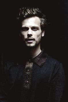 Love the beta males like Matthew Grey Gubler.