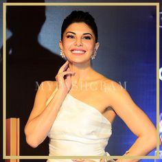 Jacqueline Fernandez in Gauri & Nainika, Golden Petal Awards 2017, MyFashgram