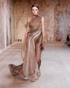 Dior Haute Couture, Chiffon, Fall, Beauty, Fashion, Couture, Oak Tree, Silk Fabric, Autumn