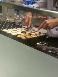 Mini pancakes at schiphol airport