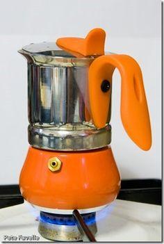 Are Coffee Beans Edible Espresso Machine Reviews, Coffee Maker Reviews, Espresso Coffee Machine, Coffee Cafe, Coffe Maker, Espresso Maker, Espresso Love, Italian Espresso, Italian Coffee