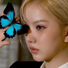 Kpop Girl Groups, Kpop Girls, G Friend, K Idol, Kpop Aesthetic, Taehyung, Indie, Detail, Pretty