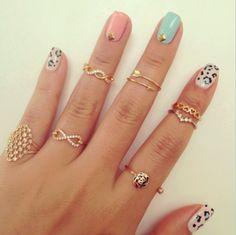 mani + midi rings #Fashiolista #Inspiration