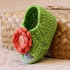 Instant download Crochet PATTERN for baby di monpetitviolon