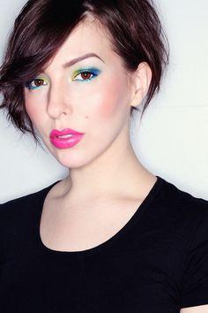 Linda @Keiko Lynn #makeup #electric @Urban Decay  Makeup Monday: Urban Decay Electric Palette Tutorial