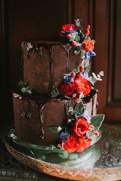 chocolate wedding cakes - photo by Whitney Nichols Photography http://ruffledblog.com/glamorous-old-world-wedding-inspiration