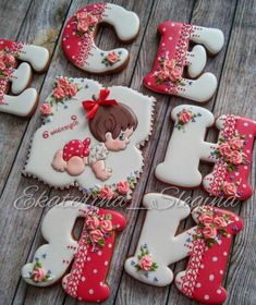 Baby name cookies Fancy Cookies, Iced Cookies, Cute Cookies, Cookies Et Biscuits, Yummy Cookies, Holiday Cookies, Cupcake Cookies, Royal Icing Cookies, Sugar Cookies