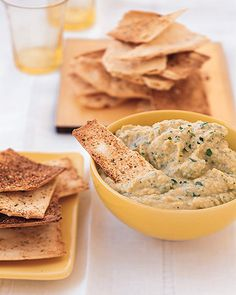 Ingredients    2 heads of garlic  1 can (15-ounce) garbanzo beans, rinsed and drained  1/4 cup freshly squeezed lemon juice (from 2 lemons)  1 tablespoon extra-virgin olive oil  1/4 cup part-skim Ricotta cheese  1 teaspoon salt  1/4 teaspoon freshly ground black pepper  1/4 teaspoon paprika  Pinch allspice  1/3 cup fresh flat-leaf parsley