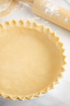 This Flaky Pie Crust Recipe is an old fashioned shortening recipe that takes any pie to the next level. Follow our 10 simple tips for the flakiest crust with amazing flavor. You can even freeze extra pie crusts for later! #PieCrust #OldFashionedPie #BestPieCrust Easy Flaky Pie Crust Recipe, Quiche Crust Recipe, Flakey Pie Crust, Pie Crust Recipes, Pie Crusts, Flaky Pie Crust Recipe Crisco, Simple Pie Crust, Old Fashioned Pie Crust Recipe, Pie Dessert