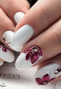 Try Out These Gorgeous Burgundy Nails nageldesign blumen Try Out These Gorgeous Burgundy Nails Flower Nail Designs, New Nail Designs, Flower Nail Art, Burgundy Nail Polish, Uñas Fashion, Nagel Gel, Nail Decorations, Halloween Nails, White Nails