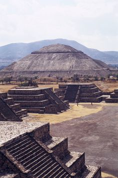 Teotihuacan ('the place where the gods were created'), 50 km north-east of Mexico City. Built between the and centuries A., it is characterized by the vast size of its monuments – the Temple of Quetzalcoatl and the Pyramids of the Sun and the Moon. Places Around The World, The Places Youll Go, Places To See, Around The Worlds, Ancient City, Ancient Ruins, Ancient History, Voyager C'est Vivre, Thinking Day