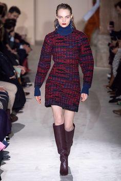 Salvatore Ferragamo Fall 2019 Ready-to-Wear Fashion Show - Vogue 60 Fashion, Fashion Over, Latest Fashion Trends, Runway Fashion, Fashion Brands, Autumn Fashion, Fashion Outfits, Womens Fashion, Fashion Bible